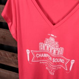 Champion Sound | Dubplate Sound Clash Tune ladies oversize tshirt