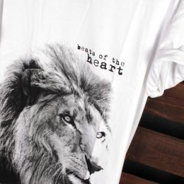 Lion - Beats of the heart t-shirt | white