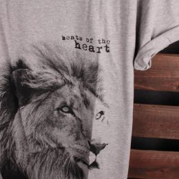 Lion - Beats of the heart t-shirt | gray