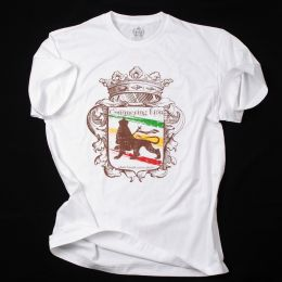 Conquering Lion shall break every chain Tshirt - white