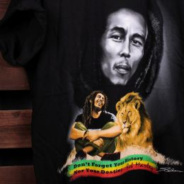 Tishirt Don't forget your history Nor you destiny - Bob Marley