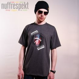 Tshirt męski - Nuff Wear heart 01713 - graphite