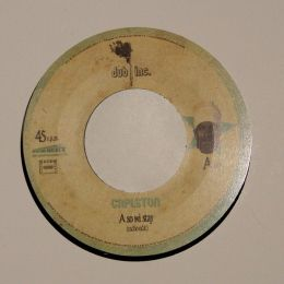 Capleton - So we stay / Tony Curtis - No war - 7'EP